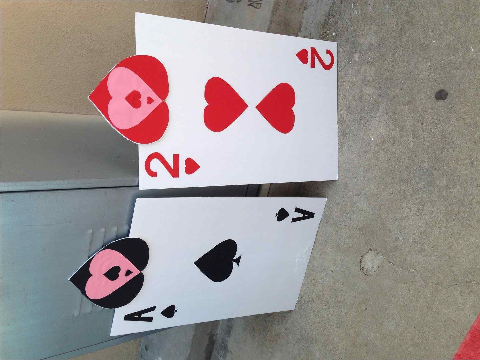 alice in wonderland card soldiers template