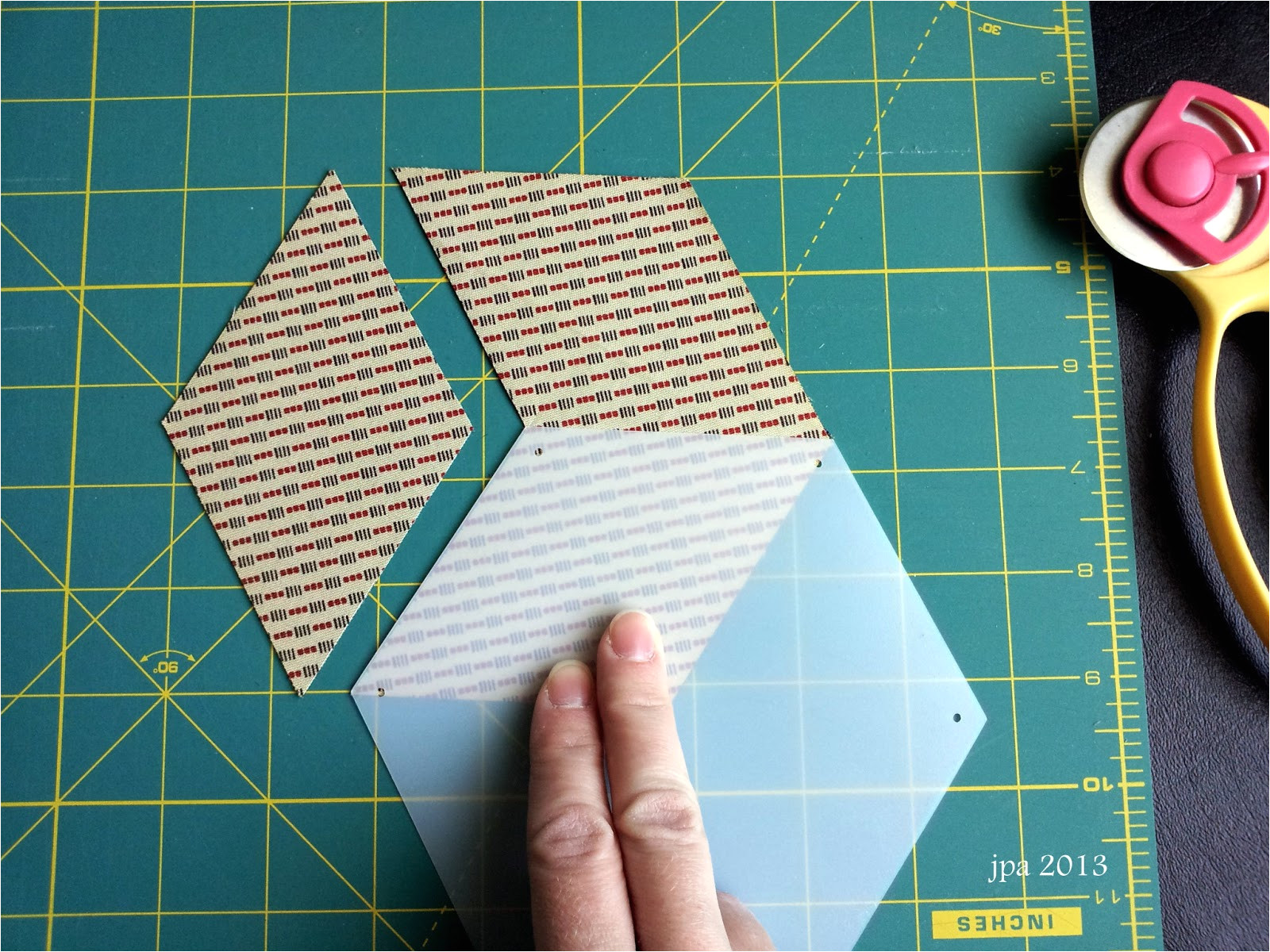 how to use honeycombs for english paper piecing