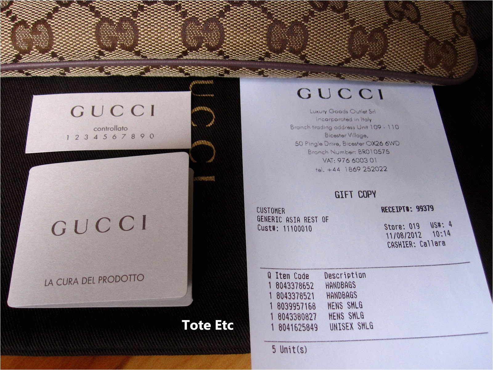 gucci pursewristlet