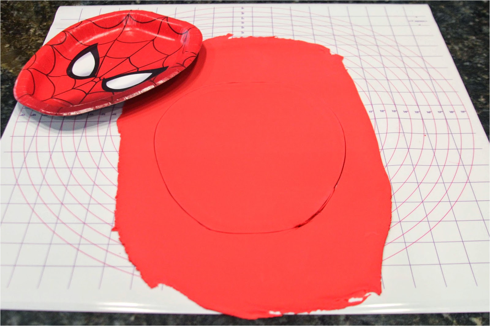 how to make spiderman birthday cake