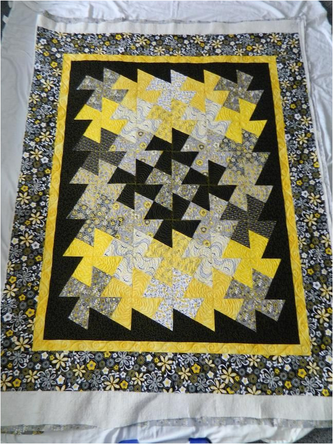 Twister Quilt Template 99 Best Images About Lit 39 Twister Quilts On Pinterest
