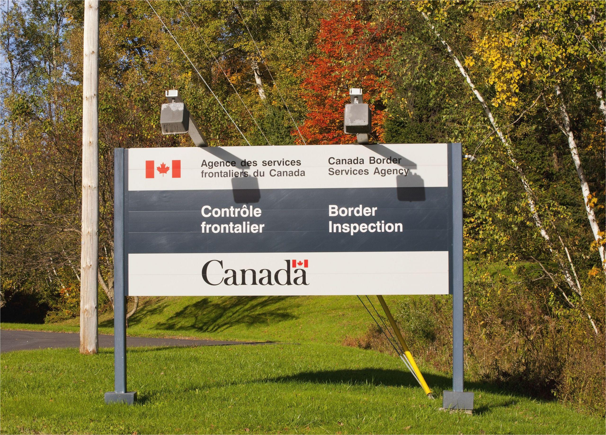 border crossing sign 165559430 58fe28753df78ca159b9b4d3 jpg