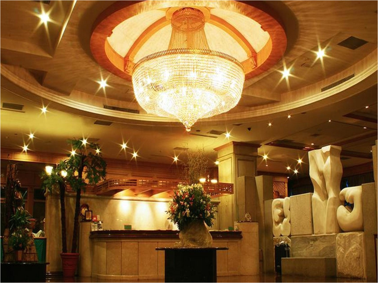 highness hotel taoyuan hotel innenbereich 63671 1280x1280 jpg