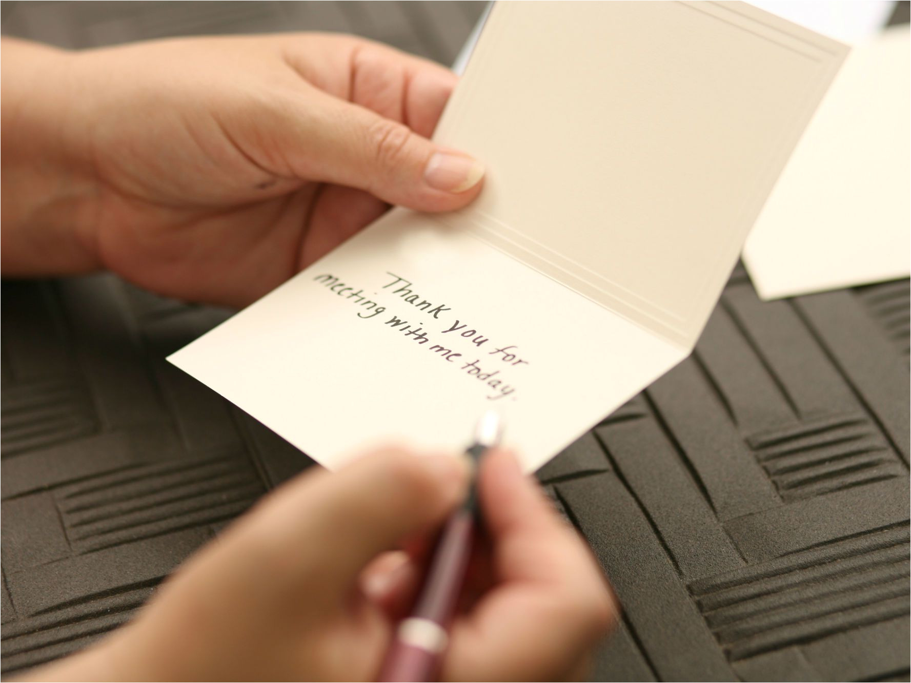 Nice Things to Say In A Thank You Card How to Write A Thank You Note to A Customer