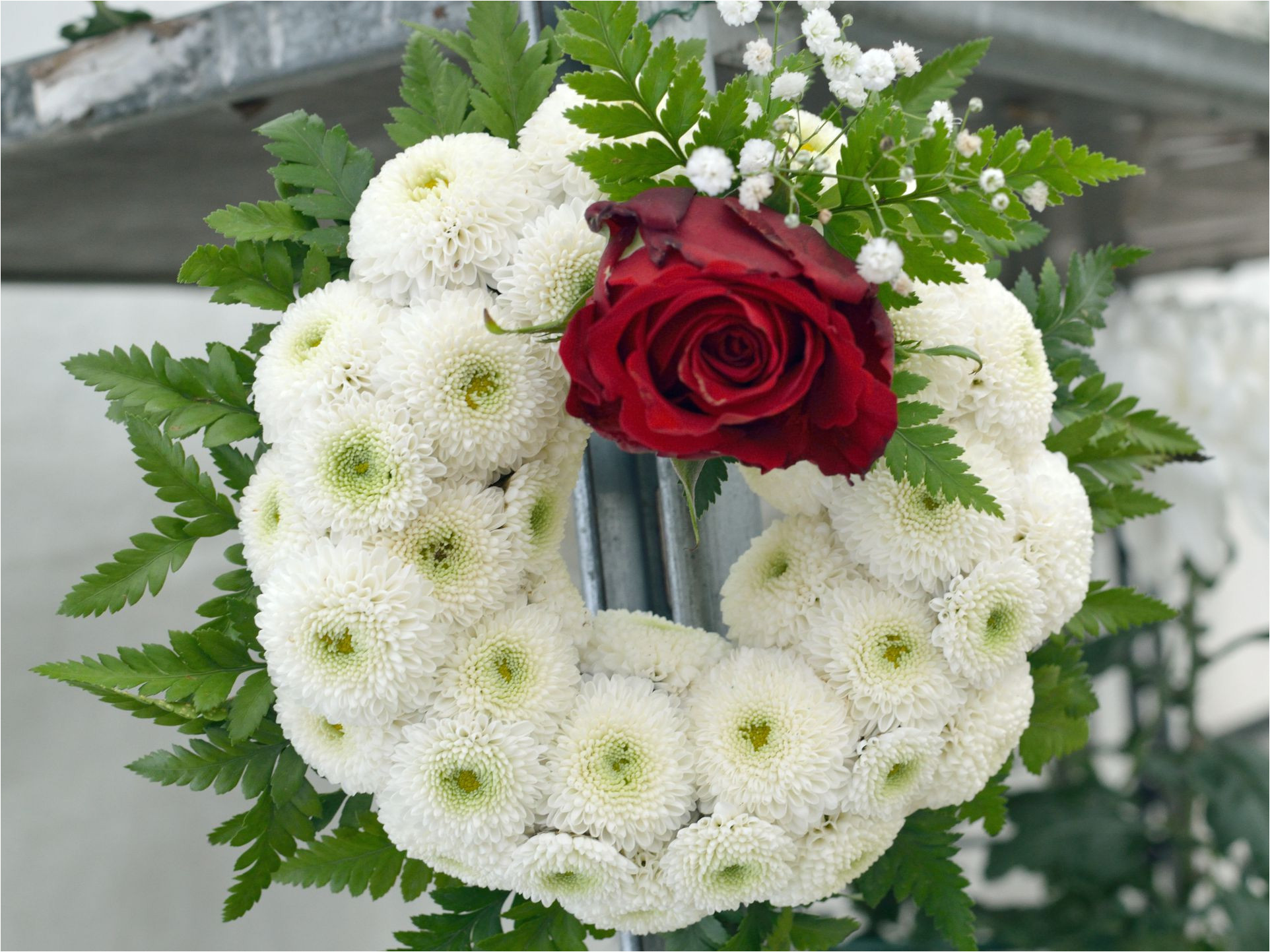 funeralwreath gettyimages 591655301 5a3edccc5b6e240037ffc773 jpg