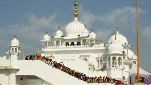 Beautiful City Amritsar Cue Card 9 Best tourist Places to Visit In Punjab India