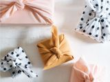 Creative Gift Card Wrapping Ideas Creative Wrapping Idea Diy Fabric Wrapped Gifts Creative